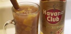ponche de frutas with rum